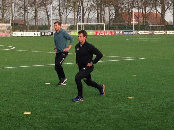 Join(t)Forces warming up bij VV Rhoon